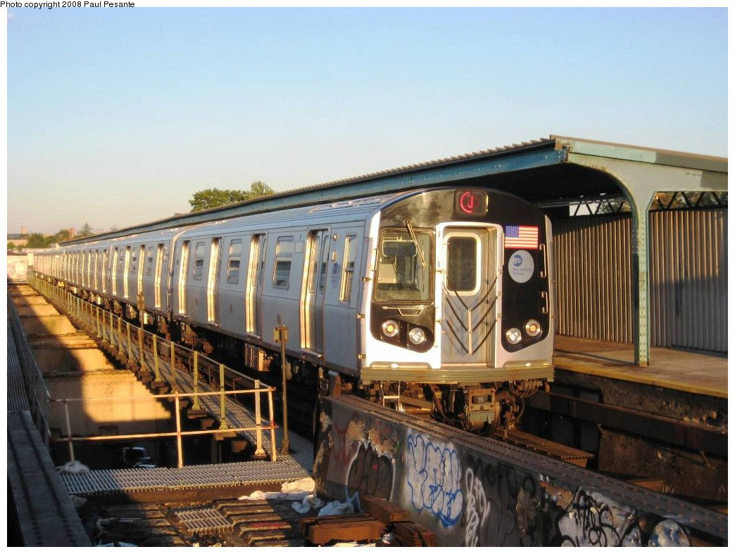 (200k, 1044x788)<br><b>Country:</b> United States<br><b>City:</b> New York<br><b>System:</b> New York City Transit<br><b>Line:</b> BMT Nassau Street/Jamaica Line<br><b>Location:</b> 102nd-104th Streets <br><b>Route:</b> J<br><b>Car:</b> R-160A-1 (Alstom, 2005-2008, 4 car sets)  8381 <br><b>Photo by:</b> Paul Pesante<br><b>Date:</b> 9/7/2008<br><b>Viewed (this week/total):</b> 0 / 1380