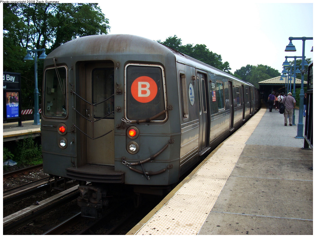 (279k, 1044x788)<br><b>Country:</b> United States<br><b>City:</b> New York<br><b>System:</b> New York City Transit<br><b>Line:</b> BMT Brighton Line<br><b>Location:</b> Sheepshead Bay <br><b>Route:</b> B<br><b>Car:</b> R-68A (Kawasaki, 1988-1989)  5094 <br><b>Photo by:</b> Zach Summer<br><b>Date:</b> 7/23/2008<br><b>Viewed (this week/total):</b> 1 / 1681