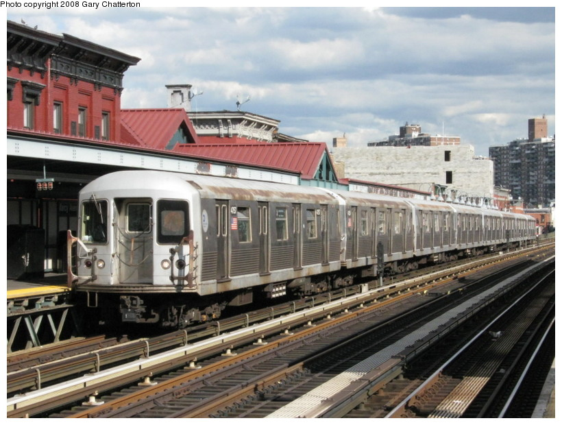 (155k, 820x620)<br><b>Country:</b> United States<br><b>City:</b> New York<br><b>System:</b> New York City Transit<br><b>Line:</b> BMT Nassau Street/Jamaica Line<br><b>Location:</b> Marcy Avenue <br><b>Route:</b> J<br><b>Car:</b> R-42 (St. Louis, 1969-1970)  4757 <br><b>Photo by:</b> Gary Chatterton<br><b>Date:</b> 9/10/2008<br><b>Viewed (this week/total):</b> 5 / 902