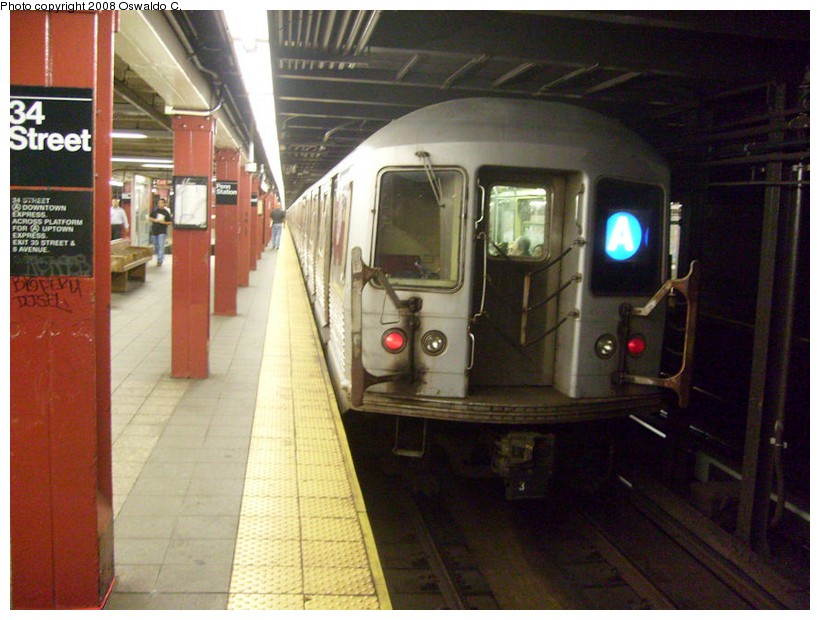 (184k, 820x620)<br><b>Country:</b> United States<br><b>City:</b> New York<br><b>System:</b> New York City Transit<br><b>Line:</b> IND 8th Avenue Line<br><b>Location:</b> 34th Street/Penn Station <br><b>Route:</b> A<br><b>Car:</b> R-42 (St. Louis, 1969-1970)  4608 <br><b>Photo by:</b> Oswaldo C.<br><b>Date:</b> 9/10/2008<br><b>Viewed (this week/total):</b> 0 / 1405