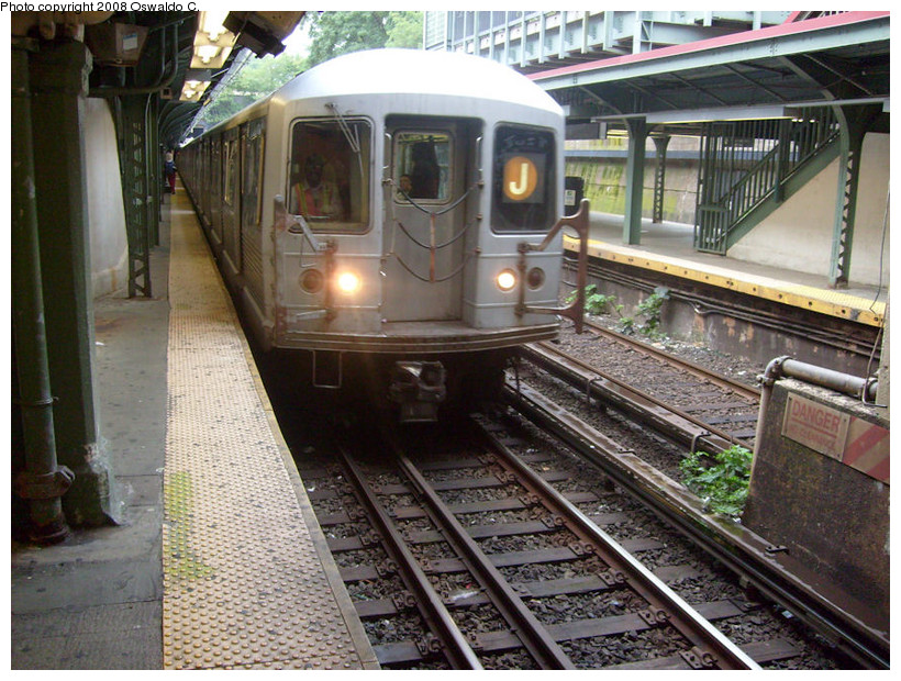 (218k, 820x620)<br><b>Country:</b> United States<br><b>City:</b> New York<br><b>System:</b> New York City Transit<br><b>Line:</b> BMT Brighton Line<br><b>Location:</b> Prospect Park <br><b>Route:</b> J reroute<br><b>Car:</b> R-42 (St. Louis, 1969-1970)   <br><b>Photo by:</b> Oswaldo C.<br><b>Date:</b> 9/13/2008<br><b>Viewed (this week/total):</b> 0 / 1385