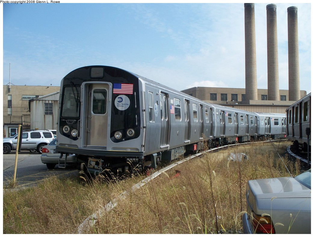 (252k, 1044x788)<br><b>Country:</b> United States<br><b>City:</b> New York<br><b>System:</b> New York City Transit<br><b>Location:</b> 207th Street Yard<br><b>Car:</b> R-160B (Option 1) (Kawasaki, 2008-2009)  9068 <br><b>Photo by:</b> Glenn L. Rowe<br><b>Date:</b> 10/1/2008<br><b>Viewed (this week/total):</b> 1 / 2803