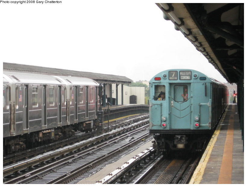 (124k, 820x620)<br><b>Country:</b> United States<br><b>City:</b> New York<br><b>System:</b> New York City Transit<br><b>Line:</b> IRT Flushing Line<br><b>Location:</b> 52nd Street/Lincoln Avenue <br><b>Route:</b> Museum Train Service (7)<br><b>Car:</b> R-33 World's Fair (St. Louis, 1963-64) 9306 <br><b>Photo by:</b> Gary Chatterton<br><b>Date:</b> 9/28/2008<br><b>Notes:</b> Shea Stadium closing day special<br><b>Viewed (this week/total):</b> 0 / 1152