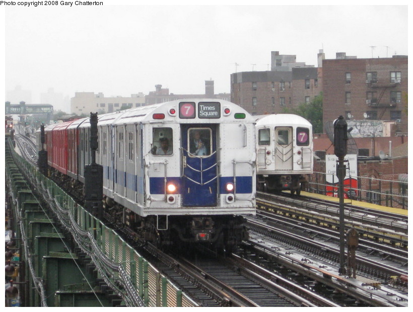 (143k, 820x620)<br><b>Country:</b> United States<br><b>City:</b> New York<br><b>System:</b> New York City Transit<br><b>Line:</b> IRT Flushing Line<br><b>Location:</b> 82nd Street/Jackson Heights <br><b>Route:</b> Museum Train Service (7)<br><b>Car:</b> R-33 Main Line (St. Louis, 1962-63) 9010 <br><b>Photo by:</b> Gary Chatterton<br><b>Date:</b> 9/28/2008<br><b>Notes:</b> Shea Stadium closing day special<br><b>Viewed (this week/total):</b> 2 / 1191