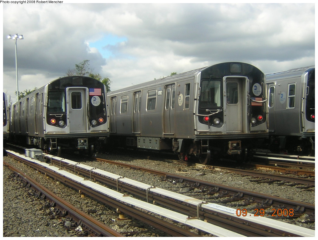 (257k, 1044x788)<br><b>Country:</b> United States<br><b>City:</b> New York<br><b>System:</b> New York City Transit<br><b>Location:</b> East New York Yard/Shops<br><b>Car:</b> R-143 (Kawasaki, 2001-2002) 8192 <br><b>Photo by:</b> Robert Mencher<br><b>Date:</b> 9/29/2008<br><b>Viewed (this week/total):</b> 0 / 729