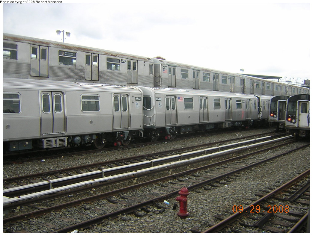 (255k, 1044x788)<br><b>Country:</b> United States<br><b>City:</b> New York<br><b>System:</b> New York City Transit<br><b>Location:</b> East New York Yard/Shops<br><b>Car:</b> R-42 (St. Louis, 1969-1970)  4762/4763 <br><b>Photo by:</b> Robert Mencher<br><b>Date:</b> 9/29/2008<br><b>Notes:</b> With R160A 8550/8549<br><b>Viewed (this week/total):</b> 1 / 935