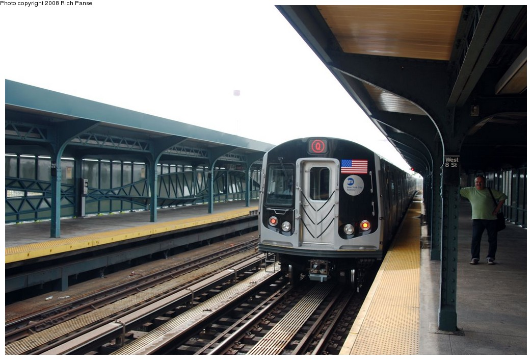 (165k, 1044x706)<br><b>Country:</b> United States<br><b>City:</b> New York<br><b>System:</b> New York City Transit<br><b>Line:</b> BMT Brighton Line<br><b>Location:</b> West 8th Street <br><b>Route:</b> Q<br><b>Car:</b> R-160B (Option 1) (Kawasaki, 2008-2009)  9013 <br><b>Photo by:</b> Richard Panse<br><b>Date:</b> 9/13/2008<br><b>Viewed (this week/total):</b> 0 / 1037