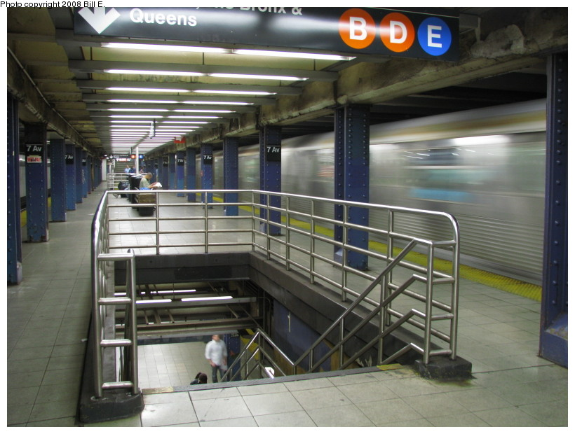 (137k, 820x620)<br><b>Country:</b> United States<br><b>City:</b> New York<br><b>System:</b> New York City Transit<br><b>Line:</b> IND Queens Boulevard Line<br><b>Location:</b> 7th Avenue/53rd Street <br><b>Photo by:</b> Bill E.<br><b>Date:</b> 10/1/2008<br><b>Viewed (this week/total):</b> 0 / 2427