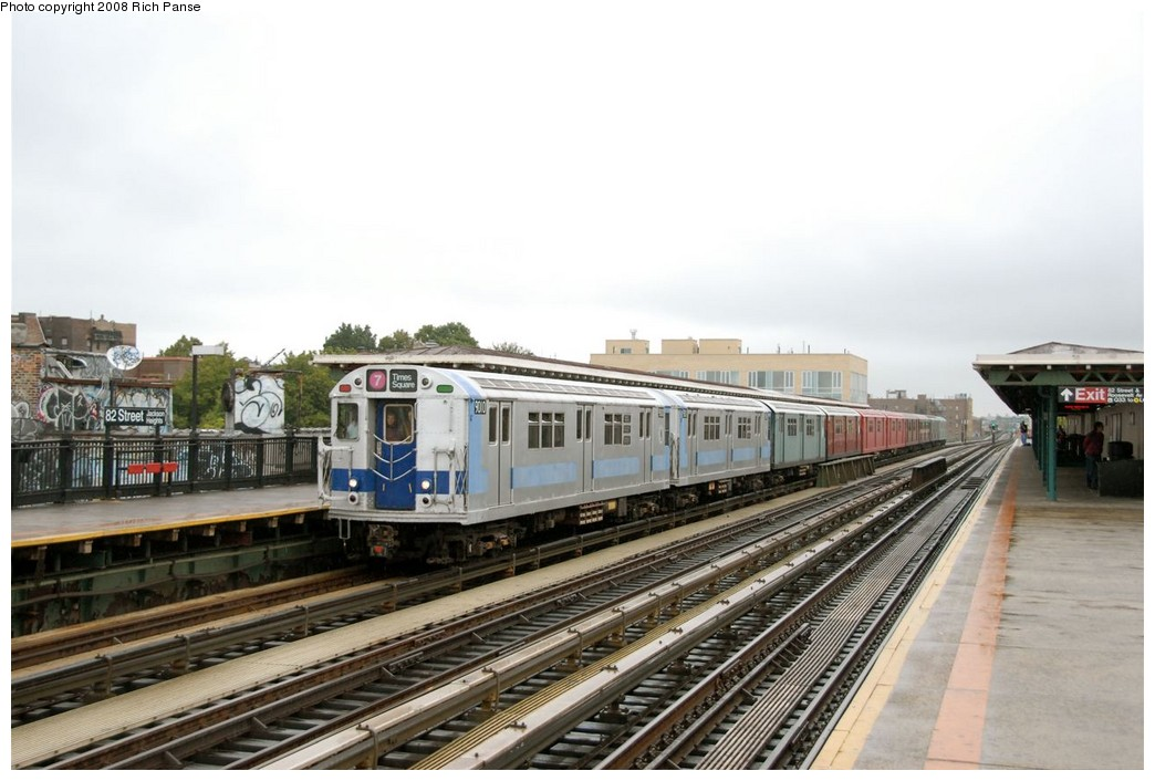 (163k, 1044x706)<br><b>Country:</b> United States<br><b>City:</b> New York<br><b>System:</b> New York City Transit<br><b>Line:</b> IRT Flushing Line<br><b>Location:</b> 82nd Street/Jackson Heights <br><b>Route:</b> Museum Train Service (7)<br><b>Car:</b> R-33 Main Line (St. Louis, 1962-63) 9010 <br><b>Photo by:</b> Richard Panse<br><b>Date:</b> 9/28/2008<br><b>Viewed (this week/total):</b> 5 / 785
