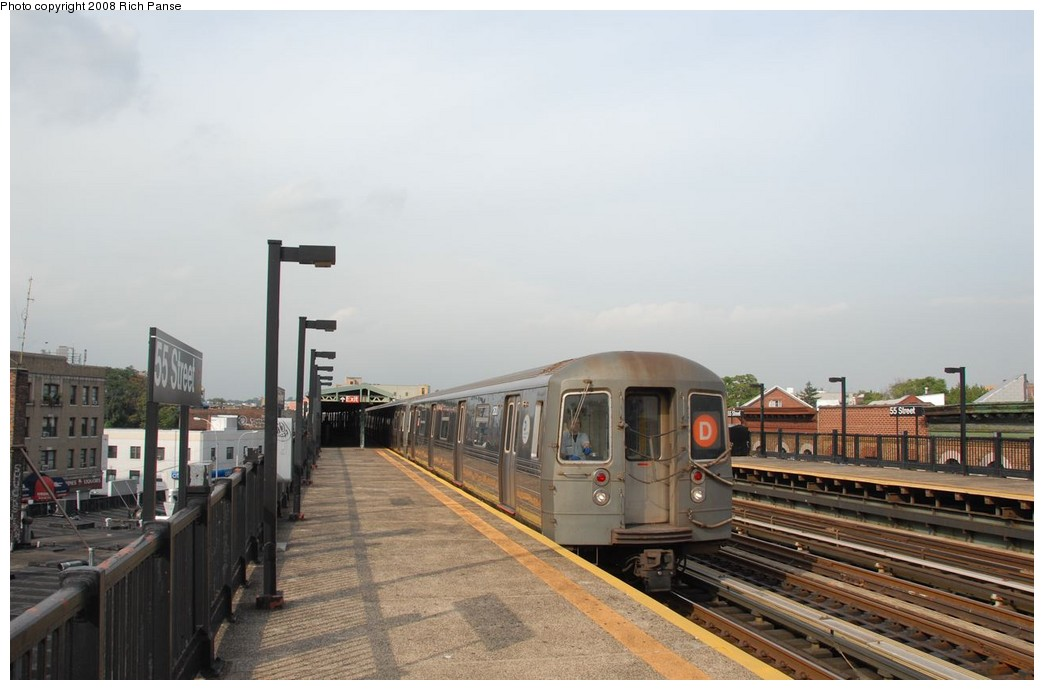 (140k, 1044x690)<br><b>Country:</b> United States<br><b>City:</b> New York<br><b>System:</b> New York City Transit<br><b>Line:</b> BMT West End Line<br><b>Location:</b> 55th Street <br><b>Route:</b> D<br><b>Car:</b> R-68 (Westinghouse-Amrail, 1986-1988)  2620 <br><b>Photo by:</b> Richard Panse<br><b>Date:</b> 9/13/2008<br><b>Viewed (this week/total):</b> 3 / 664