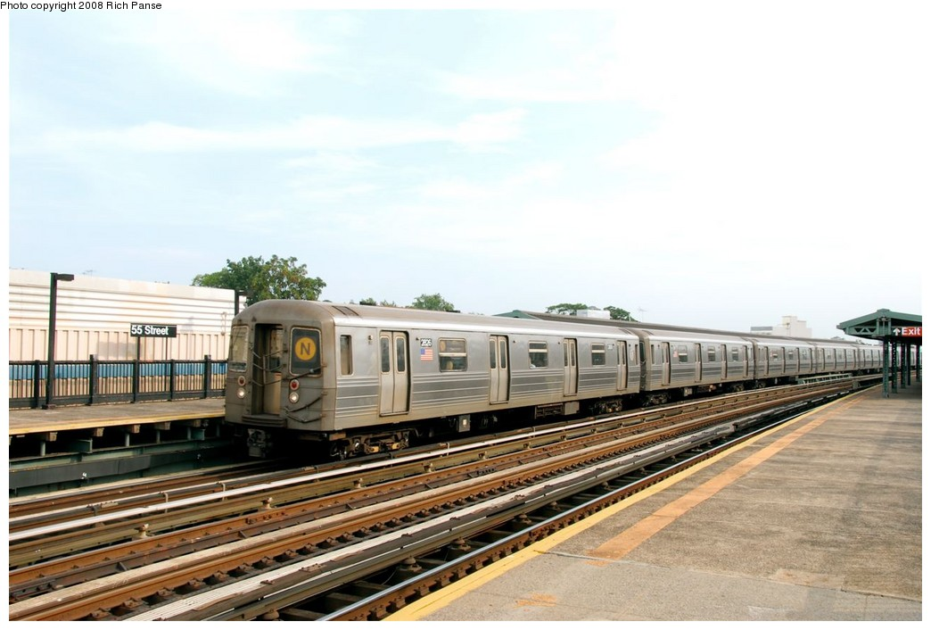 (162k, 1044x706)<br><b>Country:</b> United States<br><b>City:</b> New York<br><b>System:</b> New York City Transit<br><b>Line:</b> BMT West End Line<br><b>Location:</b> 55th Street <br><b>Route:</b> D<br><b>Car:</b> R-68 (Westinghouse-Amrail, 1986-1988)  2826 <br><b>Photo by:</b> Richard Panse<br><b>Date:</b> 9/13/2008<br><b>Viewed (this week/total):</b> 6 / 953