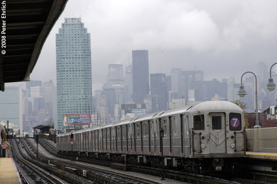 (171k, 930x618)<br><b>Country:</b> United States<br><b>City:</b> New York<br><b>System:</b> New York City Transit<br><b>Line:</b> IRT Flushing Line<br><b>Location:</b> 46th Street/Bliss Street <br><b>Route:</b> 7<br><b>Car:</b> R-62A (Bombardier, 1984-1987)  2145 <br><b>Photo by:</b> Peter Ehrlich<br><b>Date:</b> 9/28/2008<br><b>Notes:</b> Leaving 46 Street-Bliss Street inbound, trailing view.<br><b>Viewed (this week/total):</b> 5 / 1161