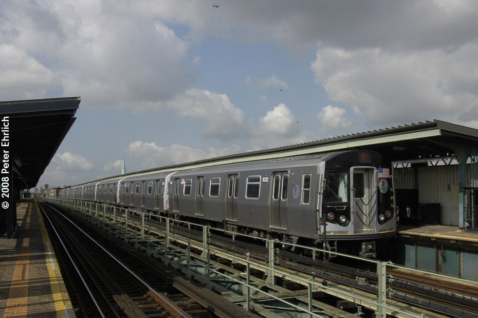 (168k, 930x618)<br><b>Country:</b> United States<br><b>City:</b> New York<br><b>System:</b> New York City Transit<br><b>Line:</b> BMT Myrtle Avenue Line<br><b>Location:</b> Central Avenue <br><b>Route:</b> M<br><b>Car:</b> R-160A-1 (Alstom, 2005-2008, 4 car sets)  8332 <br><b>Photo by:</b> Peter Ehrlich<br><b>Date:</b> 9/30/2008<br><b>Notes:</b> Inbound train.<br><b>Viewed (this week/total):</b> 2 / 824