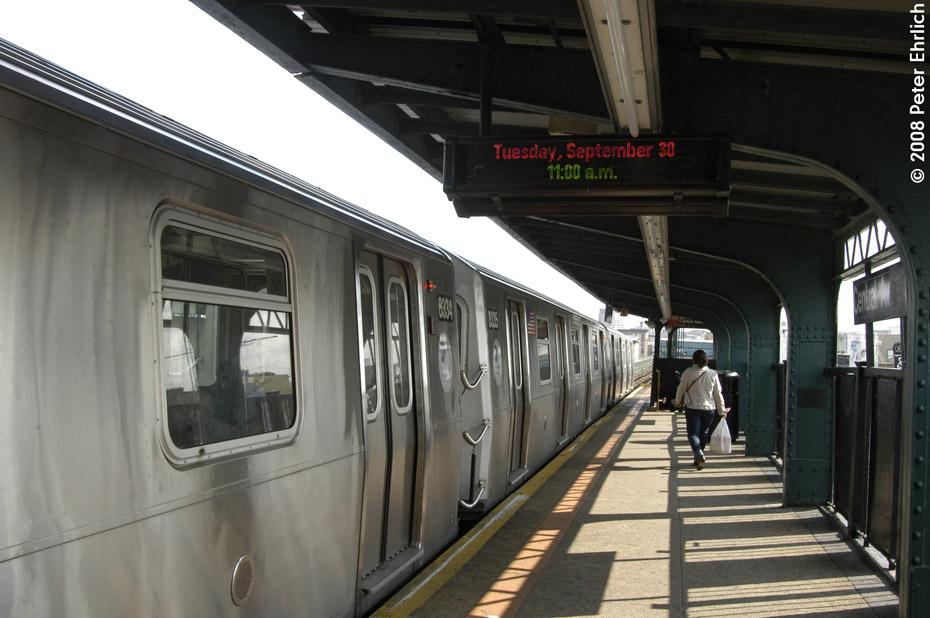 (180k, 930x618)<br><b>Country:</b> United States<br><b>City:</b> New York<br><b>System:</b> New York City Transit<br><b>Line:</b> BMT Myrtle Avenue Line<br><b>Location:</b> Central Avenue <br><b>Route:</b> M<br><b>Car:</b> R-160A-1 (Alstom, 2005-2008, 4 car sets)  8334 <br><b>Photo by:</b> Peter Ehrlich<br><b>Date:</b> 9/30/2008<br><b>Notes:</b> Outbound train.<br><b>Viewed (this week/total):</b> 1 / 1633