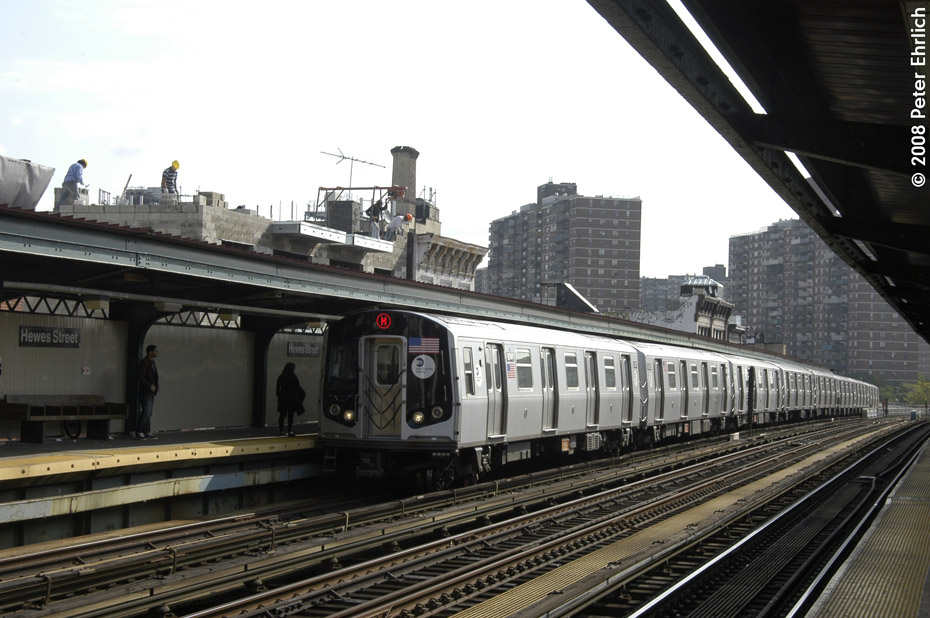 (199k, 930x618)<br><b>Country:</b> United States<br><b>City:</b> New York<br><b>System:</b> New York City Transit<br><b>Line:</b> BMT Nassau Street/Jamaica Line<br><b>Location:</b> Hewes Street <br><b>Route:</b> M<br><b>Car:</b> R-160A-1 (Alstom, 2005-2008, 4 car sets)  8341 <br><b>Photo by:</b> Peter Ehrlich<br><b>Date:</b> 9/30/2008<br><b>Notes:</b> Inbound train.<br><b>Viewed (this week/total):</b> 0 / 733
