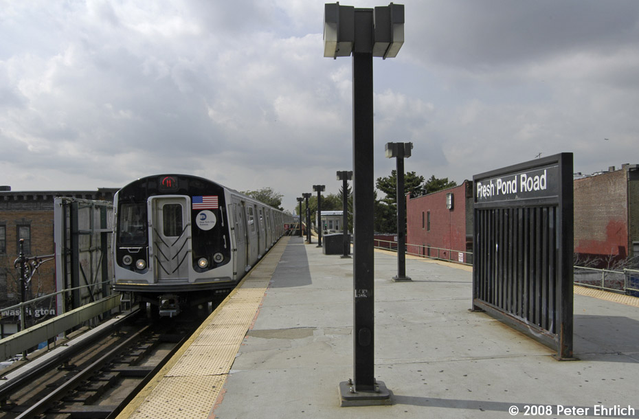 (161k, 930x610)<br><b>Country:</b> United States<br><b>City:</b> New York<br><b>System:</b> New York City Transit<br><b>Line:</b> BMT Myrtle Avenue Line<br><b>Location:</b> Fresh Pond Road <br><b>Route:</b> M<br><b>Car:</b> R-160A-1 (Alstom, 2005-2008, 4 car sets)  8417 <br><b>Photo by:</b> Peter Ehrlich<br><b>Date:</b> 9/30/2008<br><b>Notes:</b> Outbound train.<br><b>Viewed (this week/total):</b> 1 / 1221