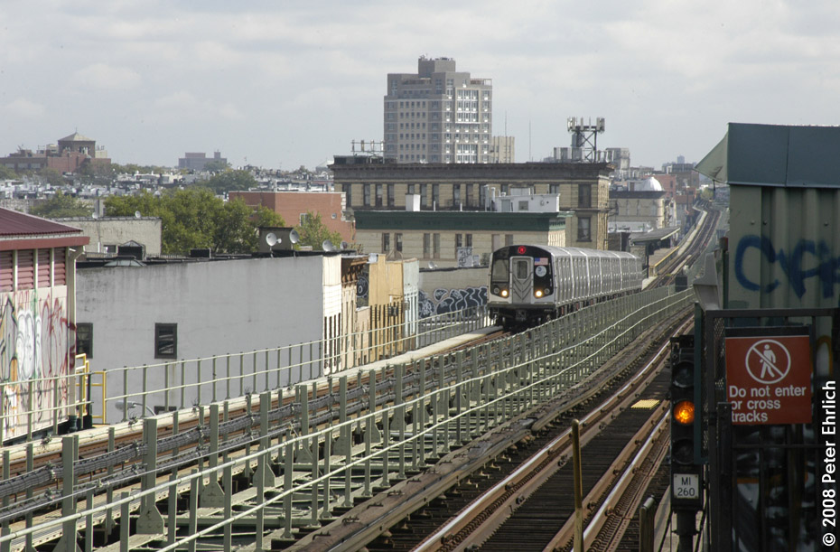 (220k, 930x611)<br><b>Country:</b> United States<br><b>City:</b> New York<br><b>System:</b> New York City Transit<br><b>Line:</b> BMT Myrtle Avenue Line<br><b>Location:</b> Central Avenue <br><b>Route:</b> M<br><b>Car:</b> R-160A-1 (Alstom, 2005-2008, 4 car sets)  8429 <br><b>Photo by:</b> Peter Ehrlich<br><b>Date:</b> 9/30/2008<br><b>Notes:</b> Inbound train.<br><b>Viewed (this week/total):</b> 1 / 1505