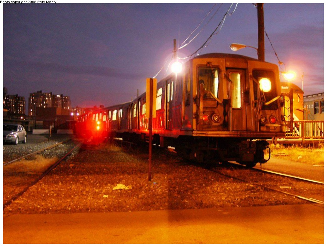 (196k, 1044x788)<br><b>Country:</b> United States<br><b>City:</b> New York<br><b>System:</b> New York City Transit<br><b>Location:</b> Coney Island Yard<br><b>Car:</b> R-40 (St. Louis, 1968)   <br><b>Photo by:</b> Pete Monty<br><b>Date:</b> 10/14/2008<br><b>Viewed (this week/total):</b> 0 / 1588