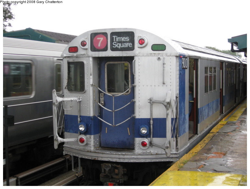 (116k, 820x620)<br><b>Country:</b> United States<br><b>City:</b> New York<br><b>System:</b> New York City Transit<br><b>Line:</b> IRT Flushing Line<br><b>Location:</b> Willets Point/Mets (fmr. Shea Stadium) <br><b>Route:</b> Museum Train Service (7)<br><b>Car:</b> R-33 Main Line (St. Louis, 1962-63) 9010 <br><b>Photo by:</b> Gary Chatterton<br><b>Date:</b> 9/28/2008<br><b>Viewed (this week/total):</b> 6 / 1073
