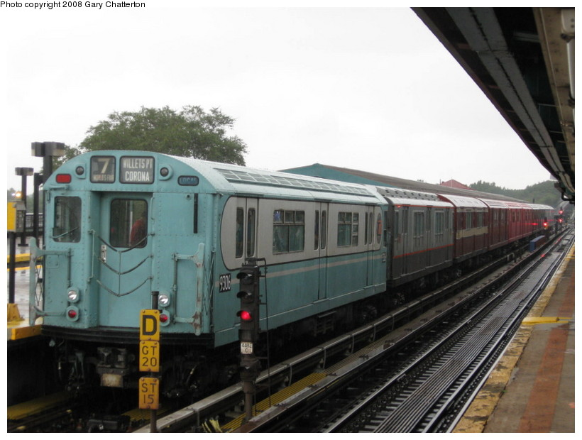 (119k, 820x620)<br><b>Country:</b> United States<br><b>City:</b> New York<br><b>System:</b> New York City Transit<br><b>Line:</b> IRT Flushing Line<br><b>Location:</b> Willets Point/Mets (fmr. Shea Stadium) <br><b>Route:</b> Museum Train Service (7)<br><b>Car:</b> R-33 World's Fair (St. Louis, 1963-64) 9306 <br><b>Photo by:</b> Gary Chatterton<br><b>Date:</b> 9/28/2008<br><b>Viewed (this week/total):</b> 0 / 638