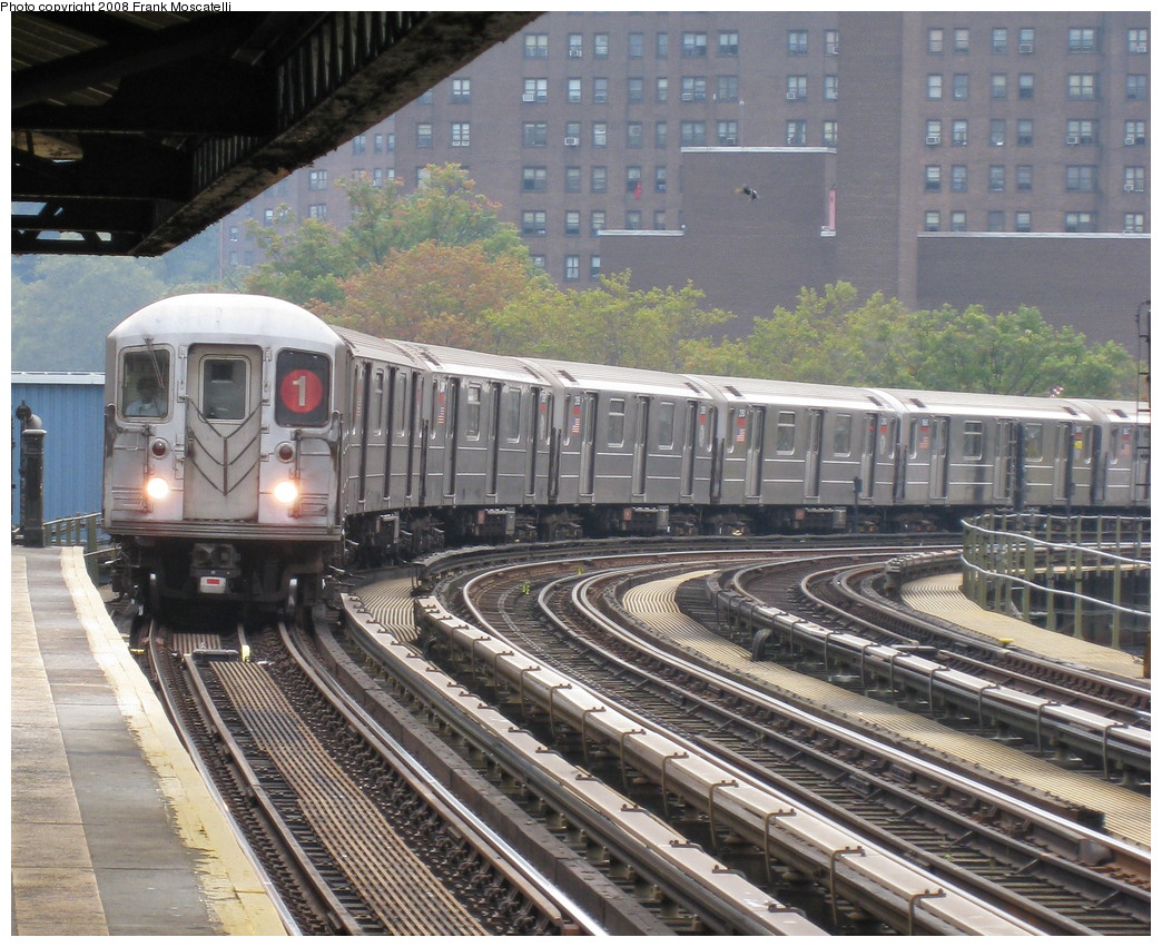 (297k, 1044x851)<br><b>Country:</b> United States<br><b>City:</b> New York<br><b>System:</b> New York City Transit<br><b>Line:</b> IRT West Side Line<br><b>Location:</b> 207th Street <br><b>Route:</b> 1<br><b>Car:</b> R-62A (Bombardier, 1984-1987)   <br><b>Photo by:</b> Frank Moscatelli<br><b>Date:</b> 10/16/2008<br><b>Viewed (this week/total):</b> 0 / 1522