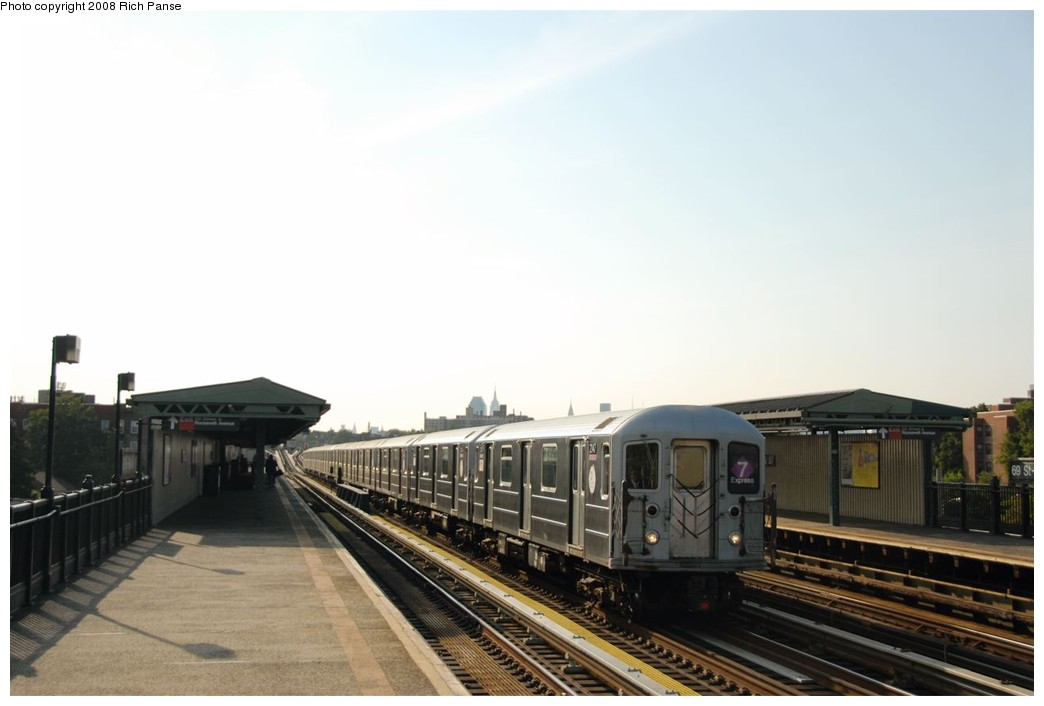 (118k, 1044x706)<br><b>Country:</b> United States<br><b>City:</b> New York<br><b>System:</b> New York City Transit<br><b>Line:</b> IRT Flushing Line<br><b>Location:</b> 69th Street/Fisk Avenue <br><b>Route:</b> 7<br><b>Car:</b> R-62A (Bombardier, 1984-1987)  2147 <br><b>Photo by:</b> Richard Panse<br><b>Date:</b> 9/24/2008<br><b>Viewed (this week/total):</b> 4 / 621