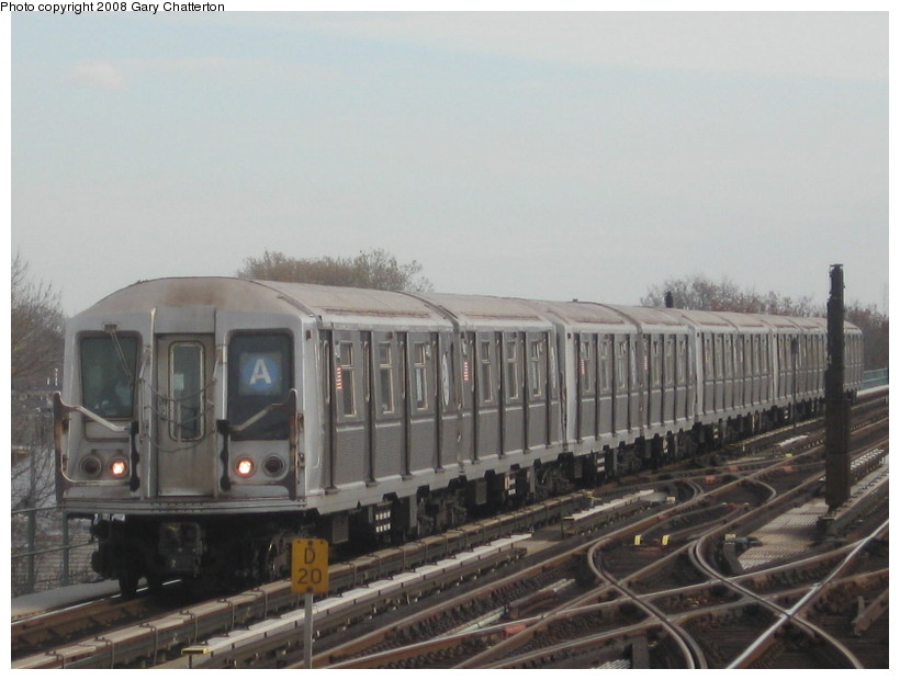 (109k, 820x620)<br><b>Country:</b> United States<br><b>City:</b> New York<br><b>System:</b> New York City Transit<br><b>Line:</b> IND Fulton Street Line<br><b>Location:</b> 80th Street/Hudson Street <br><b>Route:</b> A<br><b>Car:</b> R-40 (St. Louis, 1968)  4400 <br><b>Photo by:</b> Gary Chatterton<br><b>Date:</b> 11/12/2008<br><b>Viewed (this week/total):</b> 0 / 1237