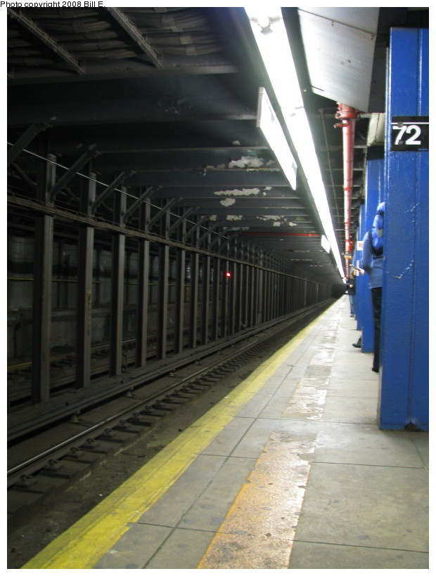 (121k, 620x820)<br><b>Country:</b> United States<br><b>City:</b> New York<br><b>System:</b> New York City Transit<br><b>Line:</b> IND 8th Avenue Line<br><b>Location:</b> 72nd Street <br><b>Photo by:</b> Bill E.<br><b>Date:</b> 10/4/2008<br><b>Notes:</b> Platform view<br><b>Viewed (this week/total):</b> 1 / 1041