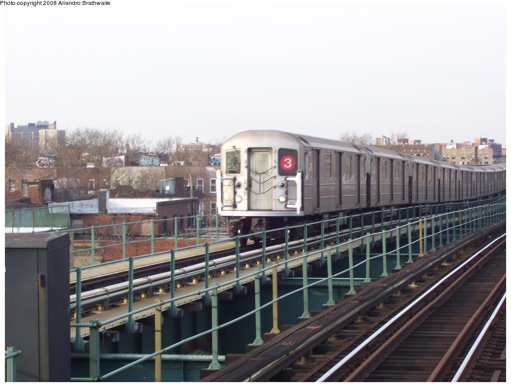 (198k, 1044x791)<br><b>Country:</b> United States<br><b>City:</b> New York<br><b>System:</b> New York City Transit<br><b>Line:</b> IRT Brooklyn Line<br><b>Location:</b> Van Siclen Avenue <br><b>Route:</b> 3<br><b>Car:</b> R-62 (Kawasaki, 1983-1985)  1590 <br><b>Photo by:</b> Aliandro Brathwaite<br><b>Date:</b> 11/26/2008<br><b>Viewed (this week/total):</b> 3 / 800