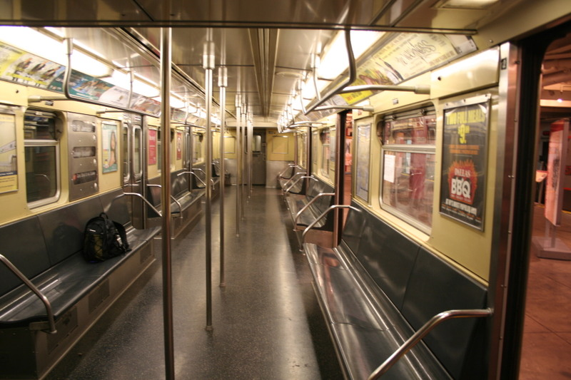 (144k, 800x533)<br><b>Country:</b> United States<br><b>City:</b> New York<br><b>System:</b> New York City Transit<br><b>Location:</b> New York Transit Museum<br><b>Car:</b> R-32 (Budd, 1964)  3352 <br><b>Photo by:</b> Neil Feldman<br><b>Date:</b> 11/14/2008<br><b>Viewed (this week/total):</b> 0 / 1999