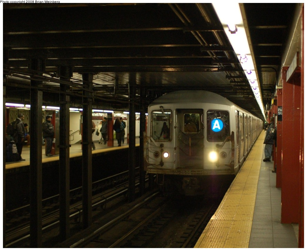 (239k, 1044x854)<br><b>Country:</b> United States<br><b>City:</b> New York<br><b>System:</b> New York City Transit<br><b>Line:</b> IND 8th Avenue Line<br><b>Location:</b> 34th Street/Penn Station <br><b>Route:</b> A<br><b>Car:</b> R-42 (St. Louis, 1969-1970)  4779 <br><b>Photo by:</b> Brian Weinberg<br><b>Date:</b> 11/25/2008<br><b>Viewed (this week/total):</b> 3 / 1732