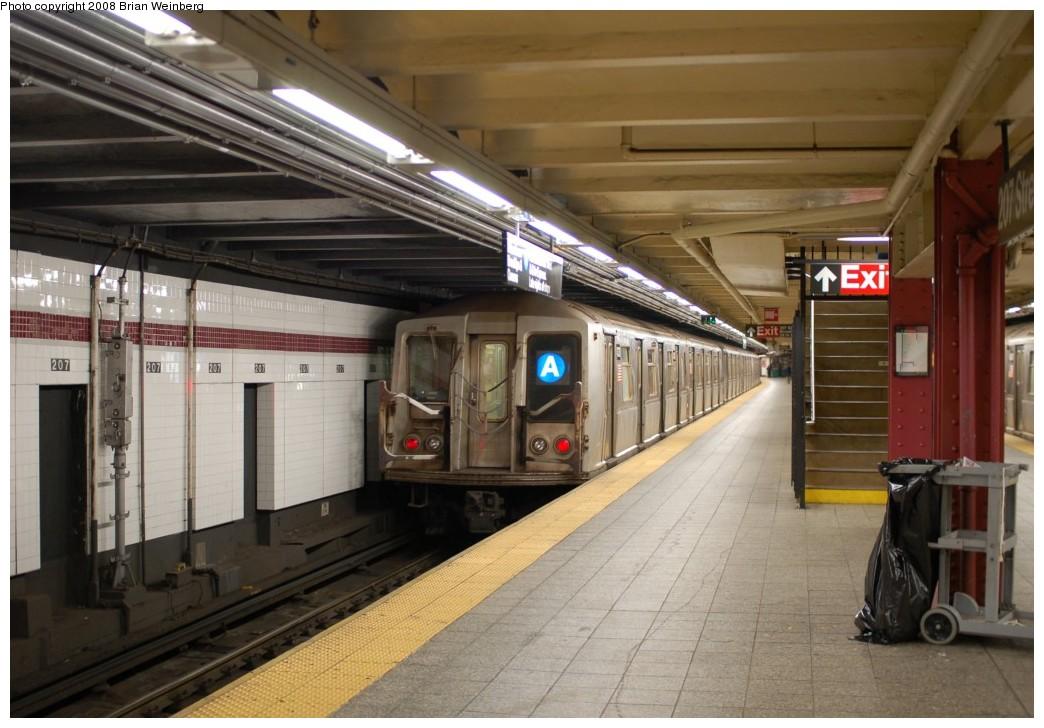 (241k, 1044x728)<br><b>Country:</b> United States<br><b>City:</b> New York<br><b>System:</b> New York City Transit<br><b>Line:</b> IND 8th Avenue Line<br><b>Location:</b> 207th Street <br><b>Route:</b> A<br><b>Car:</b> R-40 (St. Louis, 1968)  4330 <br><b>Photo by:</b> Brian Weinberg<br><b>Date:</b> 11/25/2008<br><b>Viewed (this week/total):</b> 2 / 984