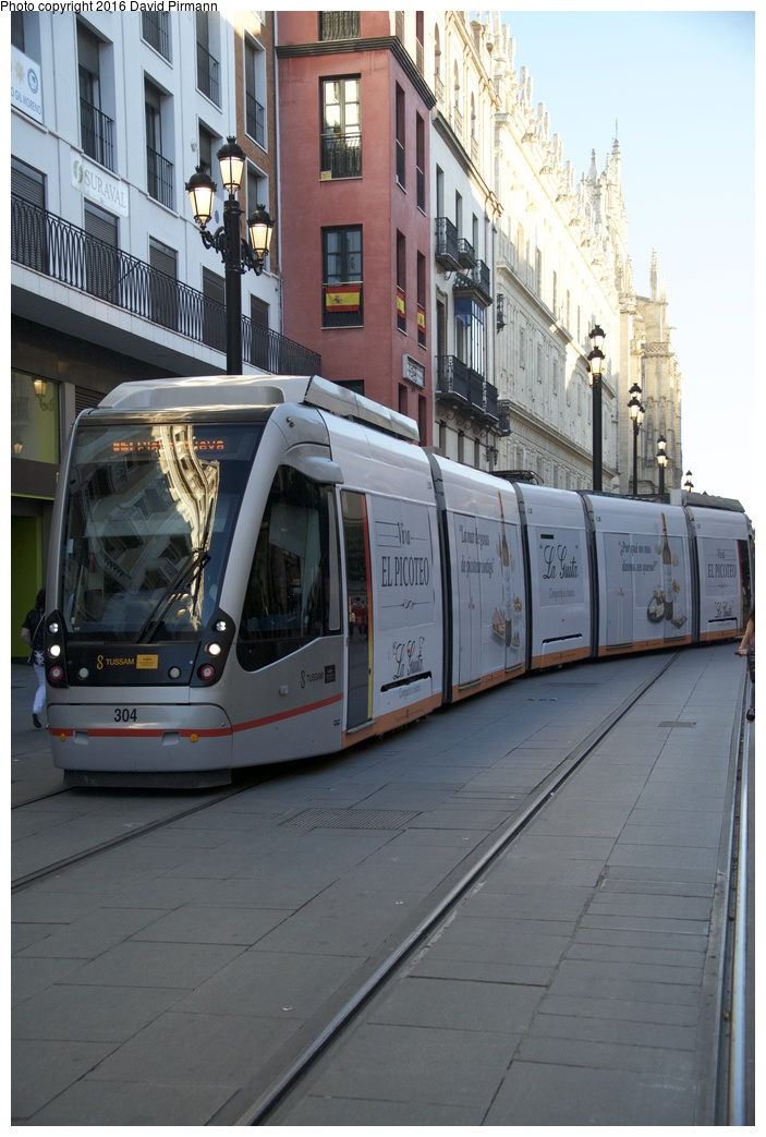 (246k, 703x1043)<br><b>Country:</b> Spain<br><b>City:</b> Seville<br><b>System:</b> Tranvía MetroCentro <br><b>Location:</b> Pl. de S. Francisco <br><b>Car:</b> CAF Urbos 3  304 <br><b>Photo by:</b> David Pirmann<br><b>Date:</b> 11/7/2015<br><b>Viewed (this week/total):</b> 7 / 422