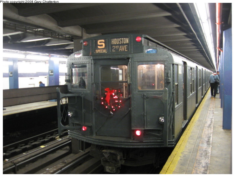 (122k, 820x620)<br><b>Country:</b> United States<br><b>City:</b> New York<br><b>System:</b> New York City Transit<br><b>Line:</b> IND 6th Avenue Line<br><b>Location:</b> 2nd Avenue <br><b>Route:</b> Museum Train Service (V)<br><b>Car:</b> R-9 (Pressed Steel, 1940)  1802 <br><b>Photo by:</b> Gary Chatterton<br><b>Date:</b> 11/30/2008<br><b>Viewed (this week/total):</b> 0 / 986