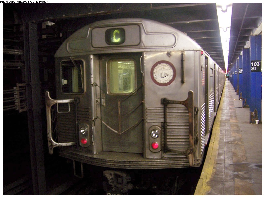 (186k, 1044x783)<br><b>Country:</b> United States<br><b>City:</b> New York<br><b>System:</b> New York City Transit<br><b>Line:</b> IND 8th Avenue Line<br><b>Location:</b> 103rd Street <br><b>Route:</b> C<br><b>Car:</b> R-38 (St. Louis, 1966-1967)  4013 <br><b>Photo by:</b> Curtis Roach<br><b>Date:</b> 12/7/2008<br><b>Viewed (this week/total):</b> 3 / 1204