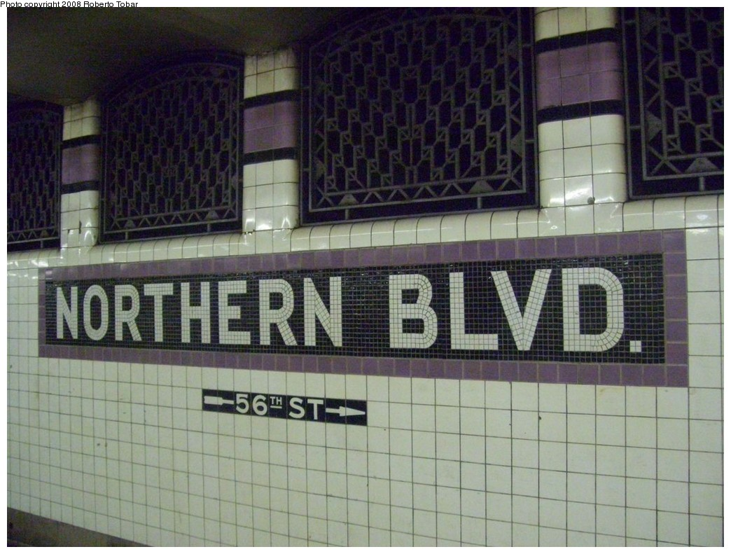 (219k, 1044x791)<br><b>Country:</b> United States<br><b>City:</b> New York<br><b>System:</b> New York City Transit<br><b>Line:</b> IND Queens Boulevard Line<br><b>Location:</b> Northern Boulevard <br><b>Photo by:</b> Roberto C. Tobar<br><b>Date:</b> 12/20/2008<br><b>Viewed (this week/total):</b> 8 / 985