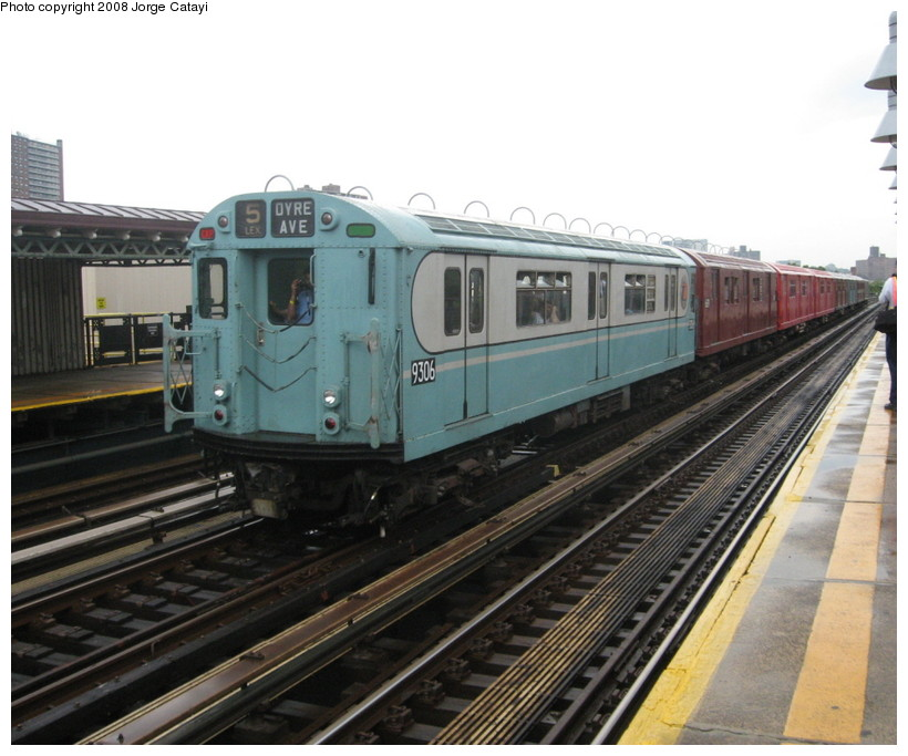 (135k, 820x683)<br><b>Country:</b> United States<br><b>City:</b> New York<br><b>System:</b> New York City Transit<br><b>Line:</b> IRT West Side Line<br><b>Location:</b> 238th Street <br><b>Route:</b> Transit Museum Nostalgia Train<br><b>Car:</b> R-33 World's Fair (St. Louis, 1963-64) 9306 <br><b>Photo by:</b> Jorge Catayi<br><b>Date:</b> 8/2/2008<br><b>Viewed (this week/total):</b> 0 / 726