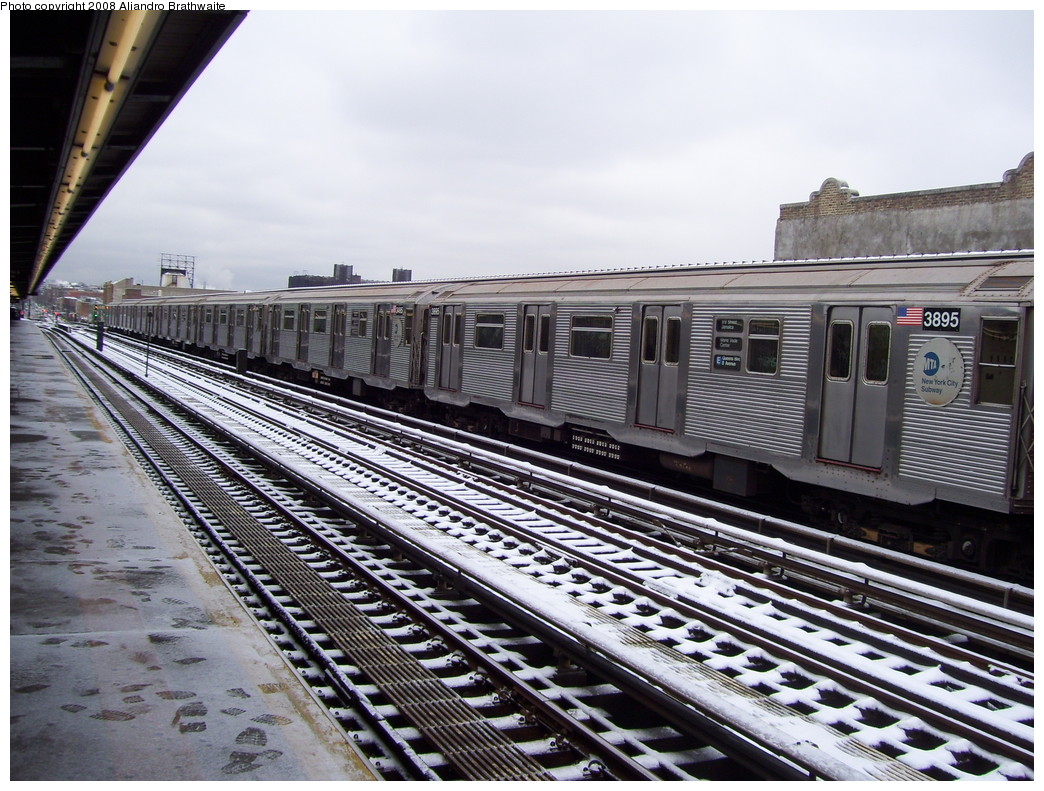 (277k, 1044x791)<br><b>Country:</b> United States<br><b>City:</b> New York<br><b>System:</b> New York City Transit<br><b>Line:</b> BMT Culver Line<br><b>Location:</b> Ditmas Avenue <br><b>Route:</b> F<br><b>Car:</b> R-32 (Budd, 1964)  3895 <br><b>Photo by:</b> Aliandro Brathwaite<br><b>Date:</b> 12/20/2008<br><b>Notes:</b> Note wrong E sign.<br><b>Viewed (this week/total):</b> 2 / 816
