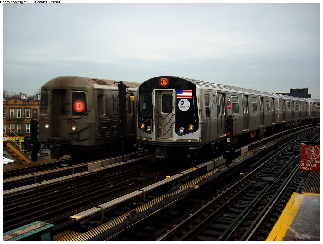 (247k, 1044x788)<br><b>Country:</b> United States<br><b>City:</b> New York<br><b>System:</b> New York City Transit<br><b>Line:</b> BMT West End Line<br><b>Location:</b> 25th Avenue <br><b>Route:</b> M (wrong sign)<br><b>Car:</b> R-160A-1 (Alstom, 2005-2008, 4 car sets)  8521 <br><b>Photo by:</b> Zach Summer<br><b>Date:</b> 12/24/2008<br><b>Viewed (this week/total):</b> 2 / 1459