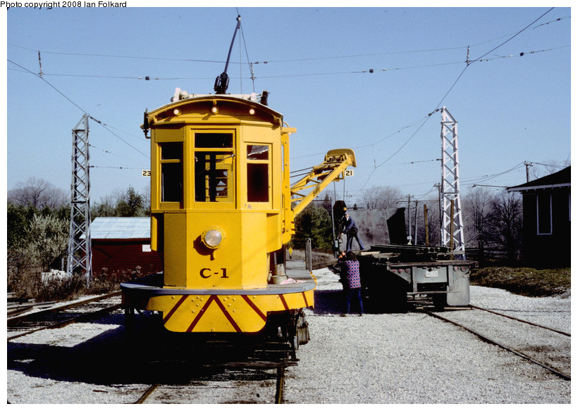 (198k, 820x584)<br><b>Country:</b> Canada<br><b>City:</b> Toronto<br><b>System:</b> Halton County Radial Railway <br><b>Photo by:</b> Ian Folkard<br><b>Date:</b> 10/1982<br><b>Notes:</b> CI unloading rails, west end.<br><b>Viewed (this week/total):</b> 0 / 267