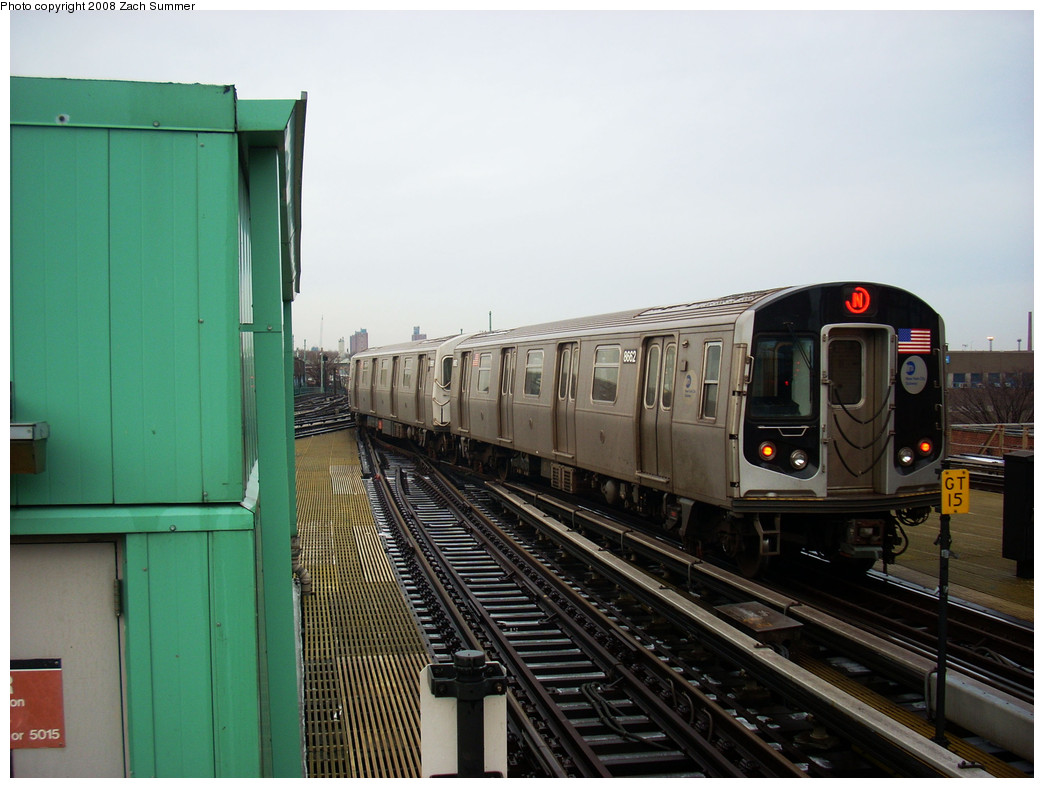 (229k, 1044x788)<br><b>Country:</b> United States<br><b>City:</b> New York<br><b>System:</b> New York City Transit<br><b>Location:</b> Coney Island/Stillwell Avenue<br><b>Route:</b> N<br><b>Car:</b> R-160A-2 (Alstom, 2005-2008, 5 car sets)  8662 <br><b>Photo by:</b> Zach Summer<br><b>Date:</b> 12/24/2008<br><b>Viewed (this week/total):</b> 4 / 951