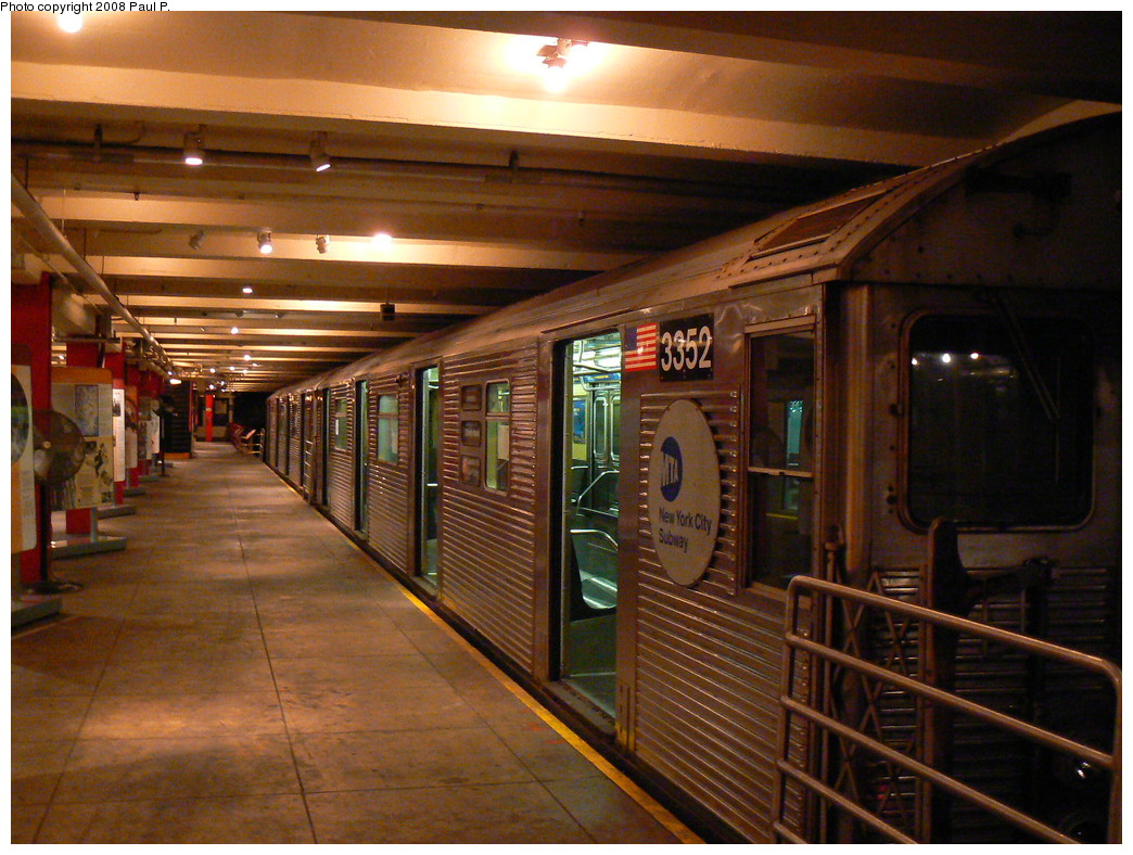 (283k, 1044x788)<br><b>Country:</b> United States<br><b>City:</b> New York<br><b>System:</b> New York City Transit<br><b>Location:</b> New York Transit Museum<br><b>Car:</b> R-32 (Budd, 1964)  3352 <br><b>Photo by:</b> Paul P.<br><b>Date:</b> 11/6/2008<br><b>Viewed (this week/total):</b> 3 / 1392
