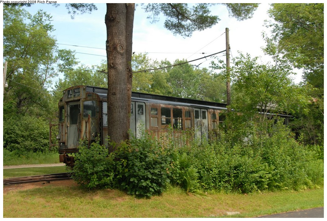(318k, 1044x706)<br><b>Country:</b> United States<br><b>City:</b> Kennebunk, ME<br><b>System:</b> Seashore Trolley Museum <br><b>Car:</b> R-4 (American Car & Foundry, 1932-1933) 800 <br><b>Photo by:</b> Richard Panse<br><b>Date:</b> 7/18/2008<br><b>Viewed (this week/total):</b> 2 / 1074