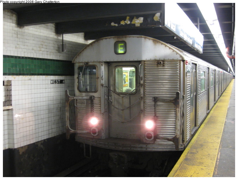 (123k, 820x620)<br><b>Country:</b> United States<br><b>City:</b> New York<br><b>System:</b> New York City Transit<br><b>Line:</b> IND 8th Avenue Line<br><b>Location:</b> West 4th Street/Washington Square <br><b>Route:</b> E<br><b>Car:</b> R-32 (Budd, 1964)  3740 <br><b>Photo by:</b> Gary Chatterton<br><b>Date:</b> 12/23/2008<br><b>Viewed (this week/total):</b> 1 / 816