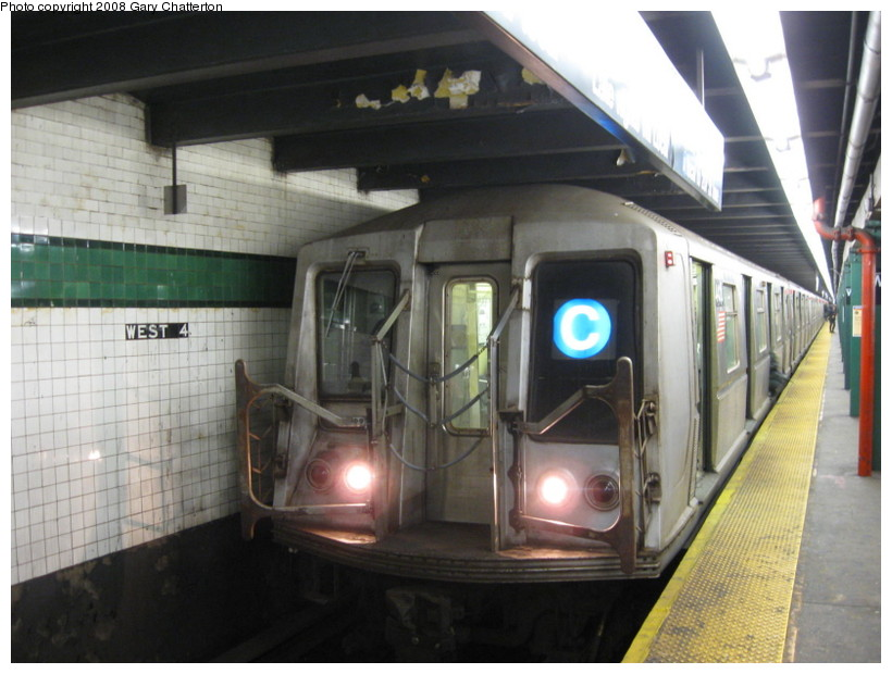 (126k, 820x620)<br><b>Country:</b> United States<br><b>City:</b> New York<br><b>System:</b> New York City Transit<br><b>Line:</b> IND 8th Avenue Line<br><b>Location:</b> West 4th Street/Washington Square <br><b>Route:</b> C<br><b>Car:</b> R-40 (St. Louis, 1968)  4418 <br><b>Photo by:</b> Gary Chatterton<br><b>Date:</b> 12/23/2008<br><b>Viewed (this week/total):</b> 0 / 1152