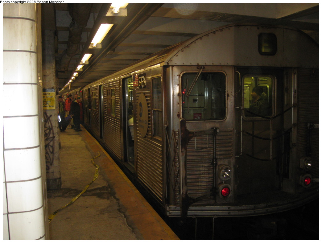 (185k, 1044x788)<br><b>Country:</b> United States<br><b>City:</b> New York<br><b>System:</b> New York City Transit<br><b>Line:</b> IND 8th Avenue Line<br><b>Location:</b> Jay St./Metrotech (Borough Hall) <br><b>Route:</b> F<br><b>Car:</b> R-32 (Budd, 1964)  3774 <br><b>Photo by:</b> Robert Mencher<br><b>Date:</b> 12/27/2008<br><b>Viewed (this week/total):</b> 3 / 1103
