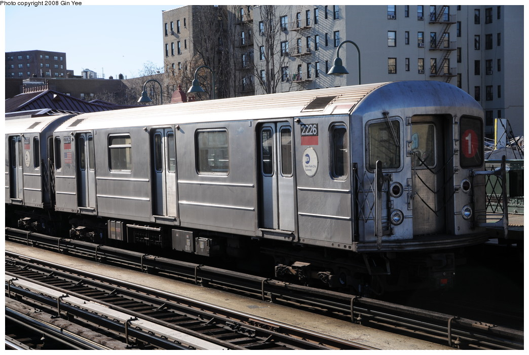 (282k, 1044x700)<br><b>Country:</b> United States<br><b>City:</b> New York<br><b>System:</b> New York City Transit<br><b>Line:</b> IRT West Side Line<br><b>Location:</b> 231st Street <br><b>Route:</b> 1<br><b>Car:</b> R-62A (Bombardier, 1984-1987)  2226 <br><b>Photo by:</b> Gin Yee<br><b>Date:</b> 12/30/2008<br><b>Viewed (this week/total):</b> 0 / 1168
