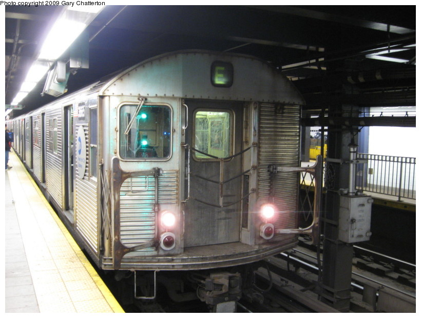 (129k, 820x620)<br><b>Country:</b> United States<br><b>City:</b> New York<br><b>System:</b> New York City Transit<br><b>Line:</b> IND Queens Boulevard Line<br><b>Location:</b> Queens Plaza <br><b>Route:</b> E<br><b>Car:</b> R-32 (Budd, 1964)  3665 <br><b>Photo by:</b> Gary Chatterton<br><b>Date:</b> 12/14/2008<br><b>Viewed (this week/total):</b> 0 / 877