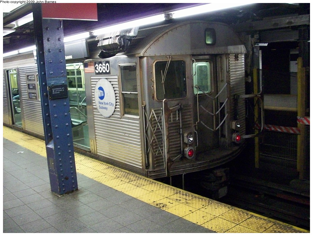 (255k, 1044x788)<br><b>Country:</b> United States<br><b>City:</b> New York<br><b>System:</b> New York City Transit<br><b>Line:</b> IND 8th Avenue Line<br><b>Location:</b> Chambers Street/World Trade Center <br><b>Route:</b> E<br><b>Car:</b> R-32 (Budd, 1964)  3660 <br><b>Photo by:</b> John Barnes<br><b>Date:</b> 12/19/2008<br><b>Viewed (this week/total):</b> 2 / 702