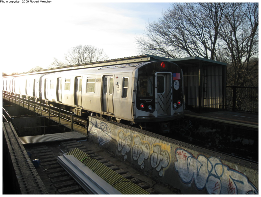 (254k, 1044x788)<br><b>Country:</b> United States<br><b>City:</b> New York<br><b>System:</b> New York City Transit<br><b>Line:</b> BMT Nassau Street/Jamaica Line<br><b>Location:</b> Cypress Hills <br><b>Route:</b> J<br><b>Car:</b> R-160A-1 (Alstom, 2005-2008, 4 car sets)  8625 <br><b>Photo by:</b> Robert Mencher<br><b>Date:</b> 1/4/2009<br><b>Viewed (this week/total):</b> 3 / 891
